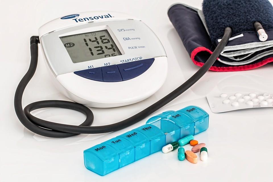 1 stádiumú magas vérnyomás, mint veszélyes)