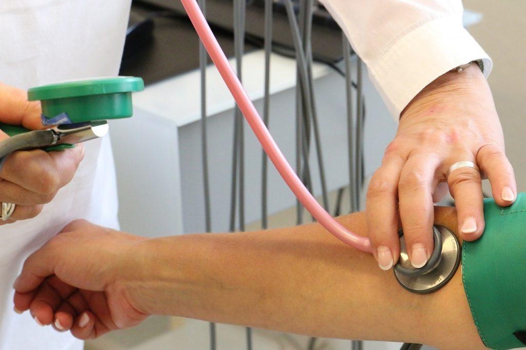 magas vérnyomás és escuzan