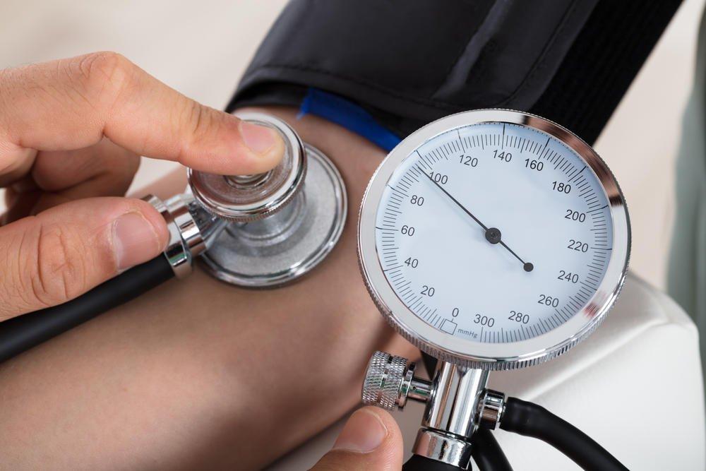 magas vérnyomás és vesebetegség in)