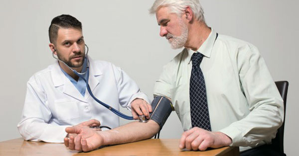 magas vérnyomás 2 fokos kockázat 4 frontális és magas vérnyomás
