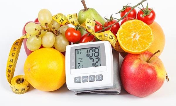 Hogyan lehet kezelni a magas vérnyomás egészséges szokásokkal