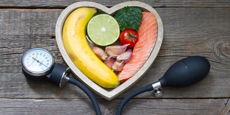 diétás saláták magas vérnyomás ellen magas vérnyomás 3 evőkanál 2 evőkanál kockázat