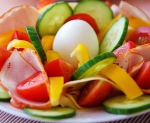 diétás saláták magas vérnyomás ellen lehetséges-e hideg vizet önteni magas vérnyomás esetén