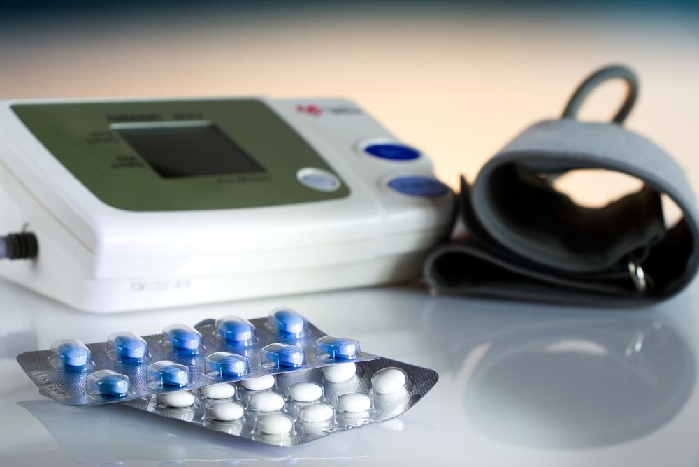 első segítség magas vérnyomás elleni gyógyszereknél)