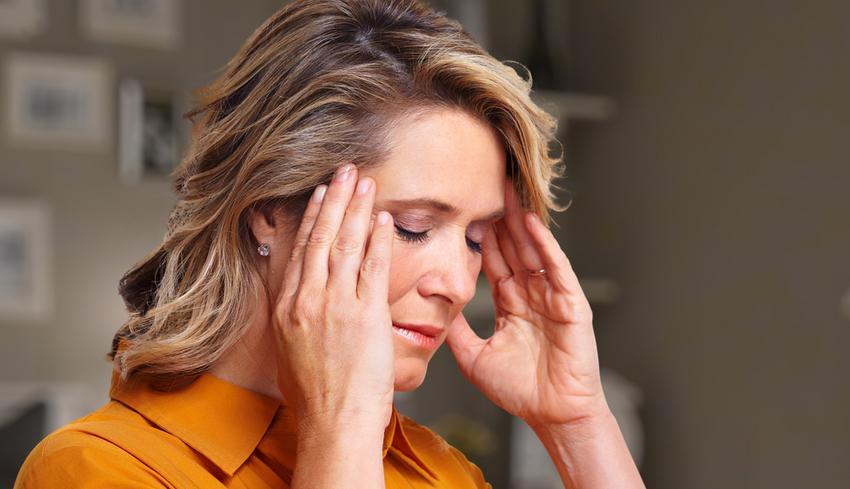 fejfájás magas vérnyomással magas vérnyomás és vízmennyiség