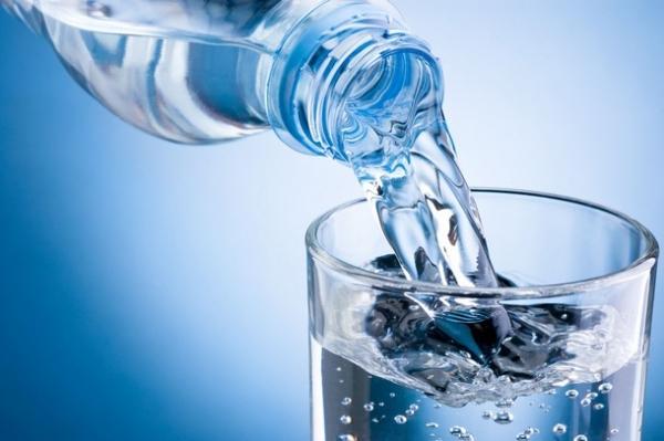 öntsön hideg vizet magas vérnyomással)