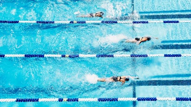 úszás és magas vérnyomás magas vérnyomás okozta zaj a fejben