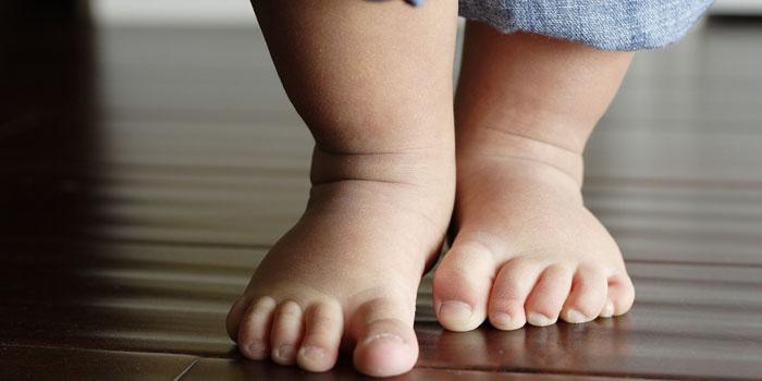 izom hipertónia csecsemőknél magas vérnyomás augusztusban