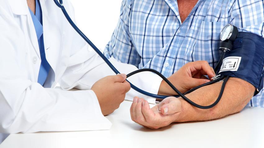 magas vérnyomás az artéria szűkülete
